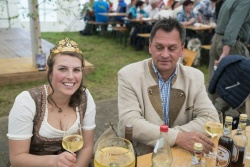 16_Dertinger_Weinfest.jpg